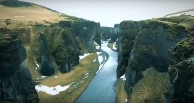 Lopen-berg-IJsland