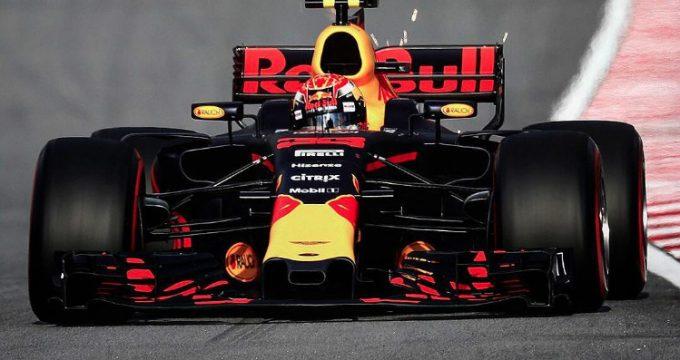 Max-Verstappen-wint-formule1-maleisie