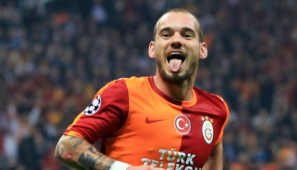 Wesley-Sneijder-Qatar