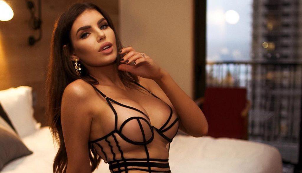 nicole-thorne-sexy-hot-pics