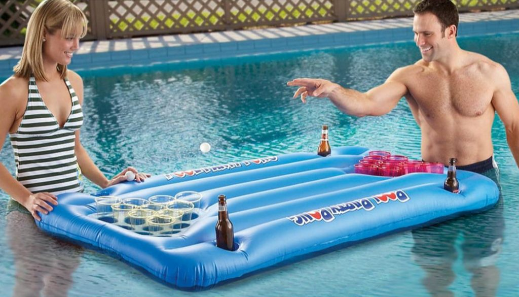 beerpong-zwembad-luchtbed