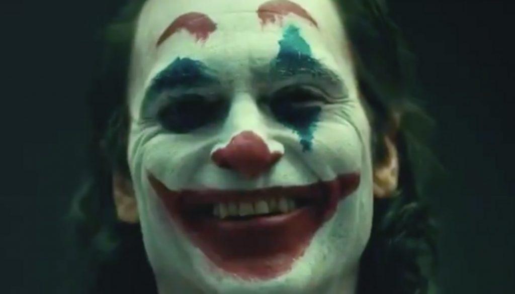 joaquin-phoenix-joker-make-up