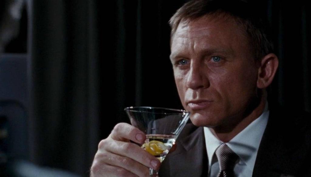 james-bond-alcoholist